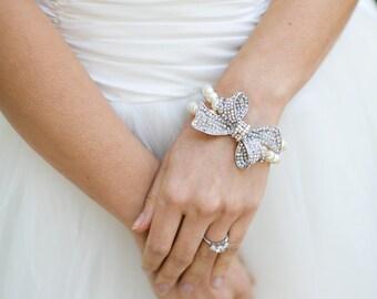 Ivory swarovski Pearls Bridal Bracelet Bow bridal Bracelet Bow Brooch Bracelet Bridal wedding Bracelet Bridal Pearl Bracelet ANASTASIA