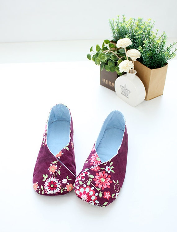 35% Off Holiday Sale - no 158 Tabi Kimono-Style Women's Shoes PDF Pattern