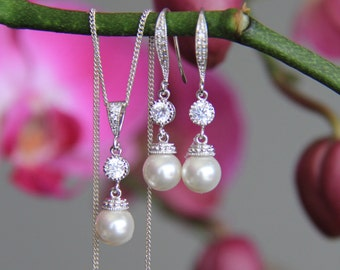 Bridal jewelry set, bridesmaid jewelry, cz earrings, wedding jewelry, bridal jewelry, wedding earrings, bridal earrings, bridal necklace