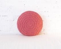 Round Pillow Crochet - pink