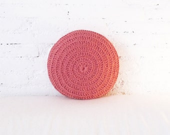 Round Pillow Crochet - pink