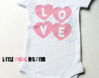 NB 3 6 12 month LOVE big hearts onsie Infant girl short sleeved cute adorable love onesie Black Pink Red Blue Green Hearts Punk baby clothes