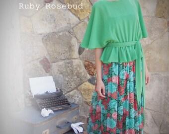Vintage Green Gossamer Floral Print Batwing Dress