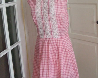 1950s 60s  Pink & White Sleeveless Cotton Summer Dress, Lace Trimmed, Metal Zipper, Size M
