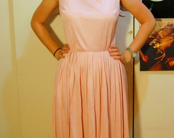 M Vintage 50s/60s Pink Button Dress