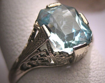 Antique Aquamarine Wedding Ring 18K Vintage Art Deco