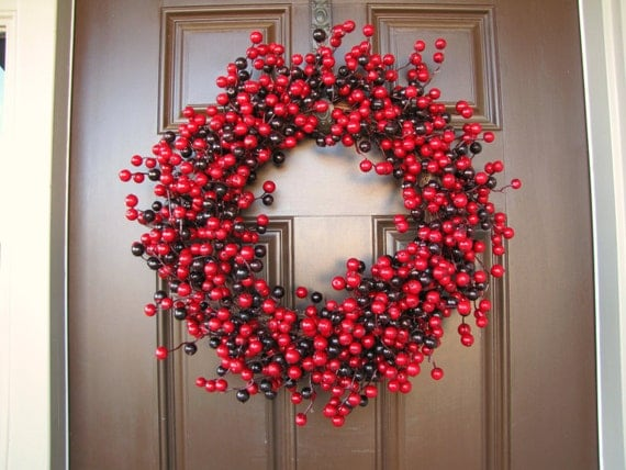 Red and burgundy cranberry wreath winter berry wreath for Artificial cranberries for decoration