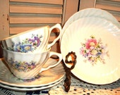 """Vintage ROYAL CHINA SET, 1930's  """"Honey Lee"""" Pattern on Swirl Mold, Gorgeous Floral, 11 pc. Cups/Saucers, Super For Tea,"""