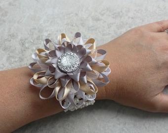 Flower Bracelet, Flower Wrist Corsage, Wedding Wrist Corsage, Wrist Flowers, Bridesmaid Flowers, Prom Corsage, Mother of the Bride