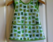 Criss Cross Back Long Childrens Art Smock Art Apron with Frogs
