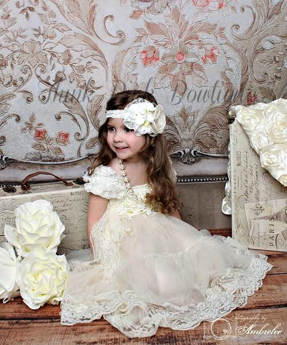 4 Pcs flower girl dress, petti lace dress,baptims dress,Christmas dress,Birthday dress, Baby Headband, Chunky Necklace, Flower sash.