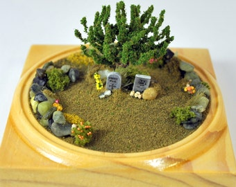 Love, Long Lost - Miniature Garden Memorial Garden 3 inch Desktop Garden Dry Terrarium Cemetery Memorial