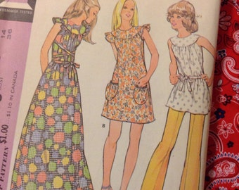 """Vintage McCall's 3240 Dress or Smock & Pants Sewing Pattern 36"""" Bust"""
