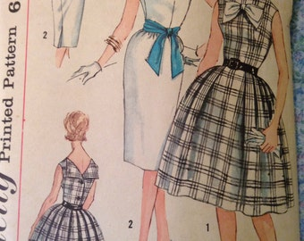 "Vintage Simplicity 3909  Bateau Neck Party Dress Sewing Pattern 34"" Bust 1960s"