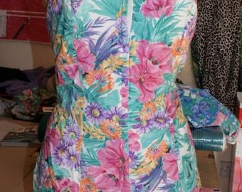 Ceeb Vintage 1970s floral romper playsuit with 1950s look zip front plus size xl XXL rockabilly VLV