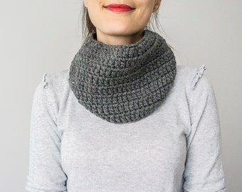SCARF //  Elegant and warm gray charcoal  neck warmer cowl scarflette Unisex Men