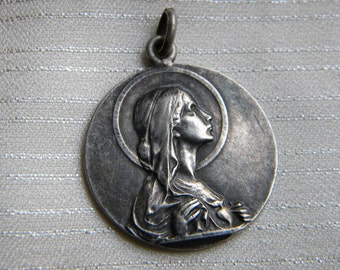 "Holy Virgin Mary Vintage Religious Medal Pendant on 18"" sterling silver rolo chain"