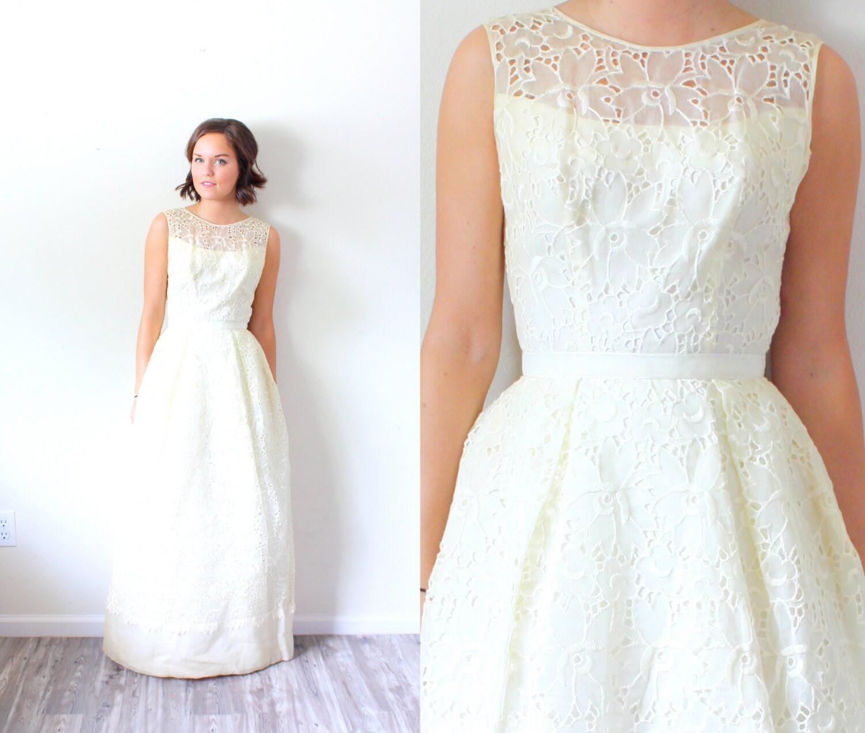 Cream Wedding Gown: Vintage Cream Wedding Dress // Lace Illusion Neckline