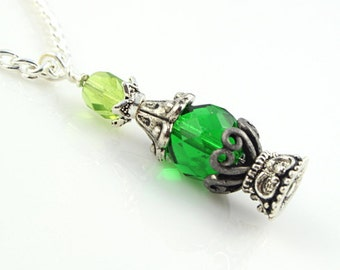 Potion Vial Pendant - Essence of Life - Emerald Green