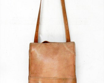Vintage Distressed Leather Tote Made in Columbia by Le Donne