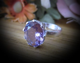 Natural Diamond-Cut AMETHYST Jeweled in 925 Sterling Silver (Stamped) Solitaire Ring, Size 7