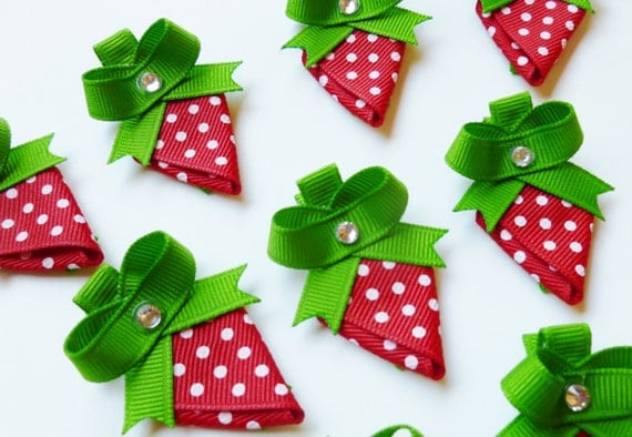 strawberry ribbon sculpture hair bow clip party favors--red white and green birthday short cake party favors