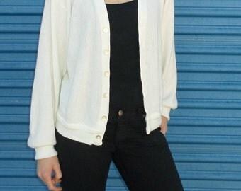 Vintage White Oversized Cardigan. Women's size 6-8