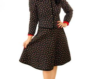 Vintage 1950s Suit /  50s Dress / Vintage 50s Quilted Two Piece Rosebud Suit
