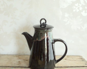 Pottery Teapot, Turquoise and Black Drip Glaze, Royal Canadian Art, ceramic, with lid, perfect