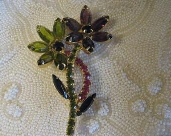 Mid Century floral rhinestone brooch.