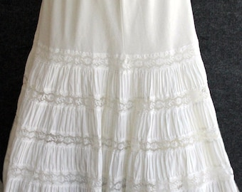 Vintage White Off White Pleated Lace Petticoat Slip with Floral Lace Detail