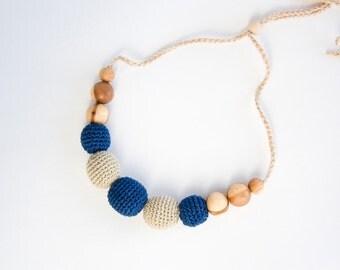 Navy Blue&Beige Petite Nursing Necklace - Teething Necklace, Babywearing, Breastfeeding, Eco-Friendly, Nautical - FrejaToys