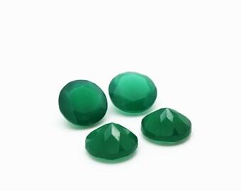 GCF-1033 - Green Onyx Gemstone - 10mm Round - Calibrated Gemstones - AA Quality - 1 Pc