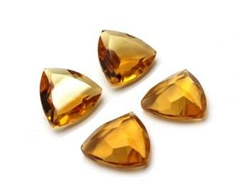 GCF-1348 - Citrine Faceted Gemstone - Trillion 18x18x18mm - Calibrated Gemstone - AA Quality - 1 Pc