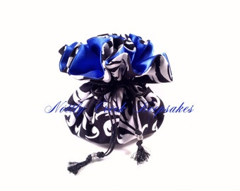 Drawstring Jewelry Pouch / Travel Jewelry Organizer / Cosmetics Bag / Black and White Design with Royal Blue Inside