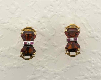 14 Kart Yellow Gold Art Deco Citrine and Ruby Screw Back Earrings