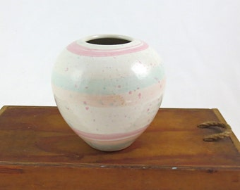 Studio Pottery Vase / Wheel Thrown Pastel Glaze