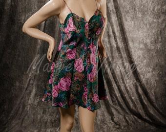 Vintage Victoria's Secret Nightgown Chemise Purple Pink Floral Print Size Medium Gold Label