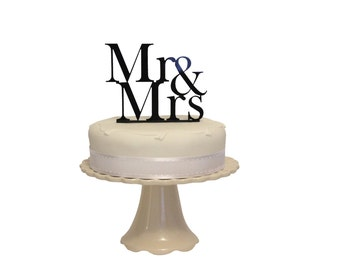 Classic Mr and Mrs Wedding Cake Topper