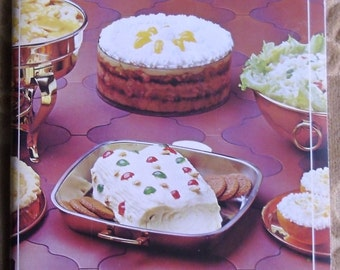 Vintage Advertising Cookbook - Simply Scrumptious Salada-Shirriff Recipe Selections