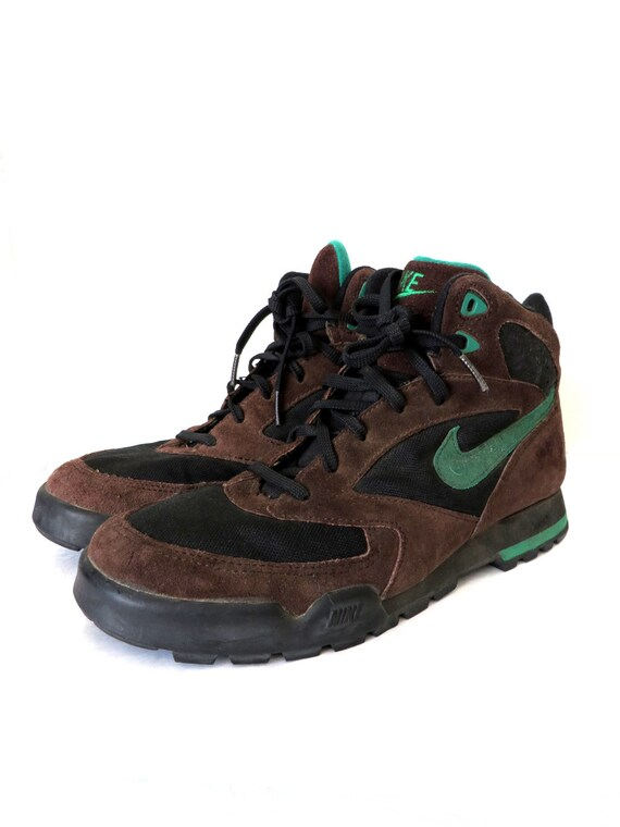 90s Vintage Nike Hiking Boots Chocolate Brown Sporty