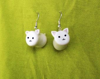 Cat-Mallow Earrings