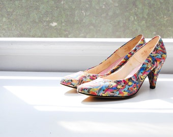 Vintage Confetti Printed Pumps / Colorful Life Stride Heels / 3 Inch Heel / Size 7.5
