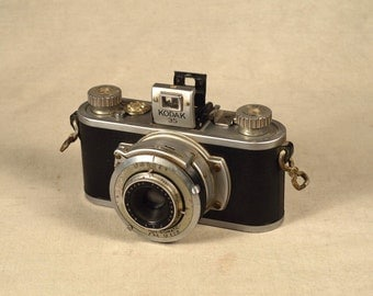 Kodak Camera 35 mm 35mm Vintage Rare 1946 Collectible