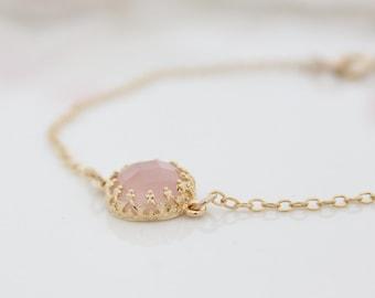 Dainty gold bracelet with rose quartz gemstone, Pstel pink bracelet, Gift for her
