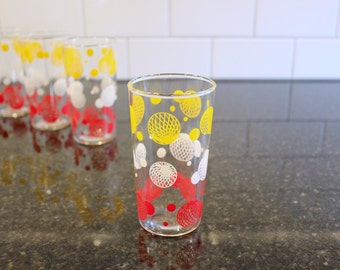 Retro Refreshments... Set of 4 Vintage Drinking / Juice Glasses or Tumblers, Geometric Circle Design in Yellow, White & Red