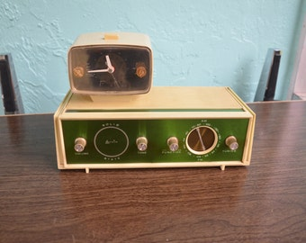 Unique 1960's Arvin Am Fm  Solid State Clock Radio Works  Mid Century Modern
