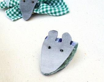 The kitchen zoo: mouse napkin holder