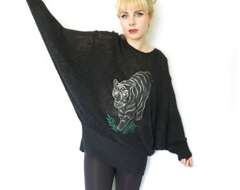 SALE VTG 1980s Sweater/ Black Oversized Nubby Knit Sweater Tunic with giant TIGER Appliqué/ Avant Garde Cocoon Cat Lady Pullover by Suzelle