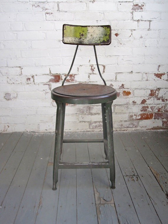 vintage hallowell industrial steel machinist bar stool. Black Bedroom Furniture Sets. Home Design Ideas